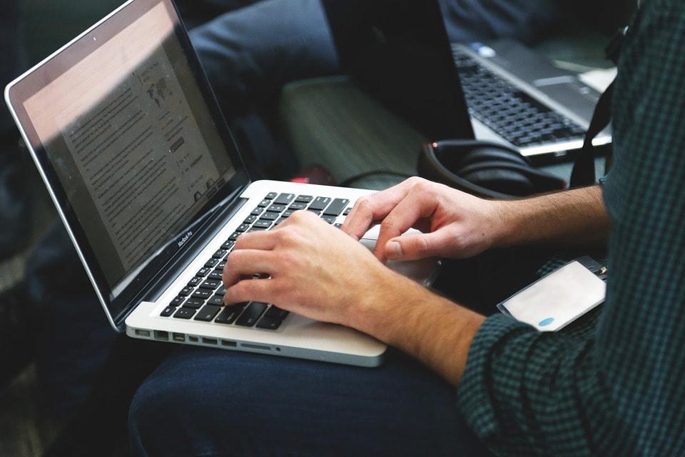 Problème informatique en entreprise : 10 solutions pour s'en sortir.