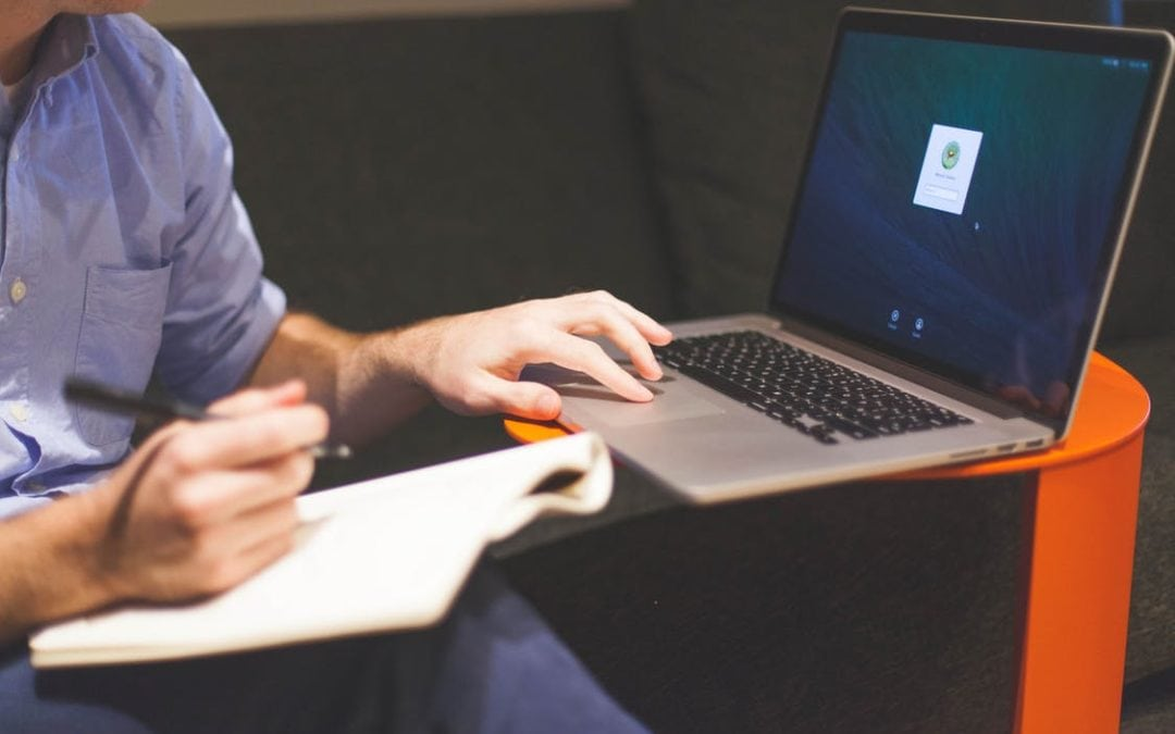 Accompagnement informatique : aider votre équipe interne.
